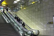 JR京浜東北線・根岸線・横浜線・ブルーライン『桜木町』駅から徒歩2分のバレエ教室