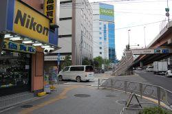 都営新宿線線『岩本町』駅下車、1番出口から徒歩10分のバレエ教室